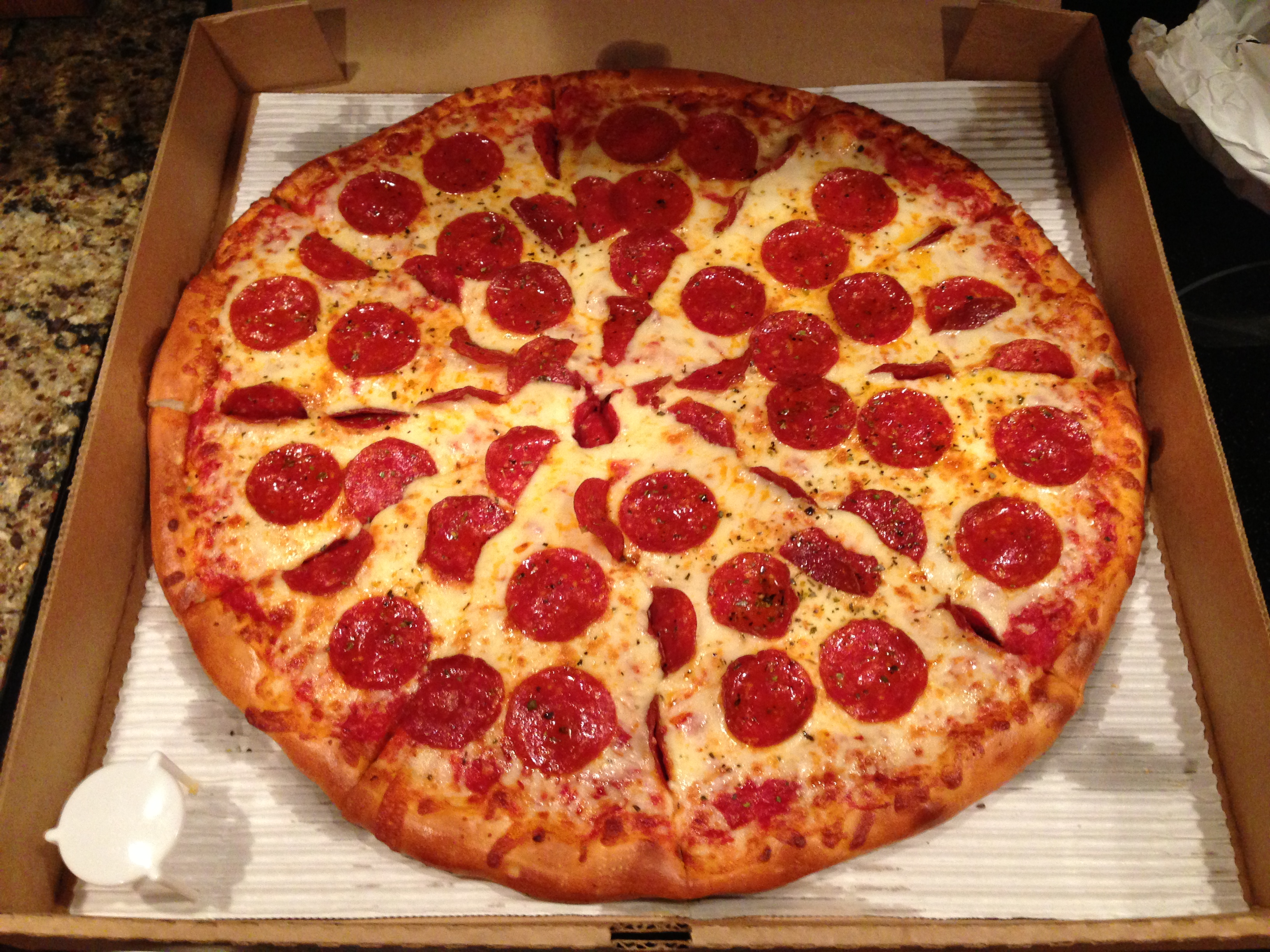 você come camarão?... ++ Pizza-by-the-Harbour-in-Noblesville-IN_Pepperoni-and-Extra-Cheese-Pizza